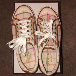 Coach sneakers size- 6.5